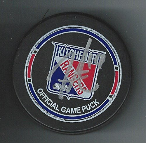 rangers official game puck - 9