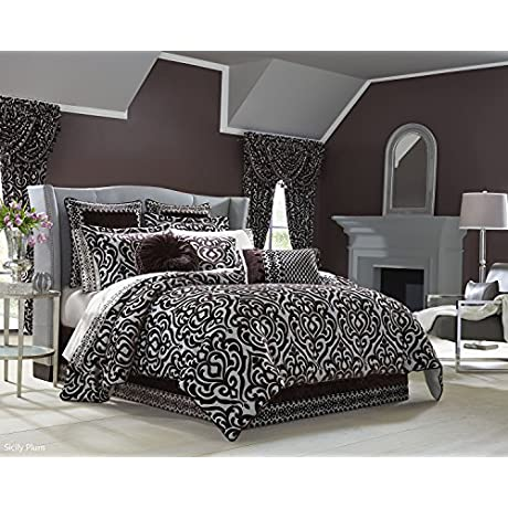 Sicicly Plum Comforter Set Cal King By J Queen New York