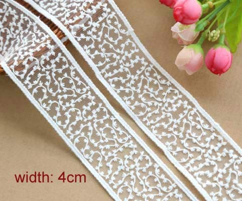 Lace Crafts - 1yrd/lot Width:4cm Fancy Embroidered Trimming lace Cirrus Pattern White Cotton for Garment Scrapbooking Accessories(ss-2921)