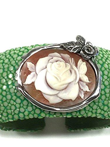 Bracelet Galuchat avec camée
