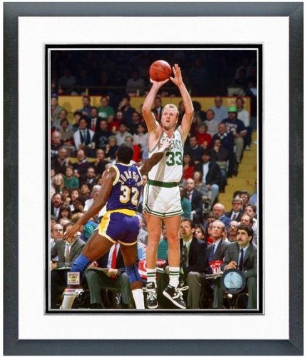 Larry Bird Framed Photo (Larry Bird & Magic Johnson NBA Photo (Size: 12.5
