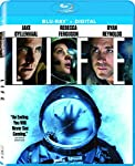 Cover Image for 'Life [Blu-ray + Digital HD]'