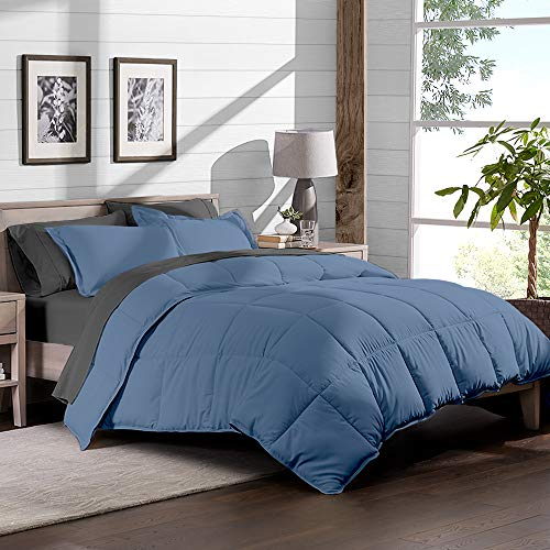 - Full (Comforter Set: Coronet Blue, Sheet Set: Grey) ()