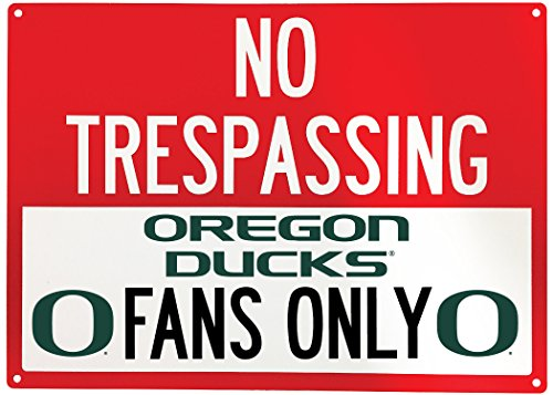 NCAA No Tresspassing-Fans Only Metal Sign-Licenced College Fans Sign (Oregon Ducks) ()