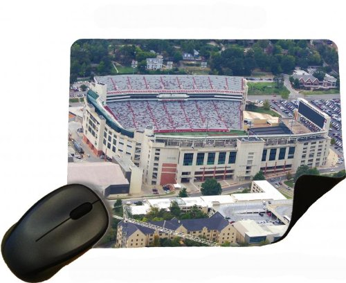 Price comparison product image Eclipse Gift Ideas Stadium Donald W Reynolds Razorback Stadium - Arkansas - Mouse Mat / Pad