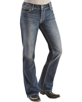 b97c07be Wrangler Women's Mae Premium Patch Boot Cut Jeans 0X34 at Amazon ...