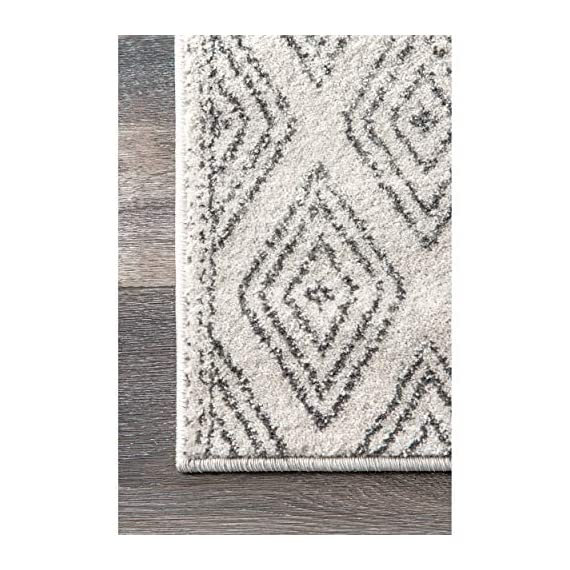 "nuLOOM Sarina Diamonds Runner Rug, 2' 8"" x 8', Grey - Made in Turkey PREMIUM MATERIAL: Crafted of durable synthetic fibers, it has soft texture and is easy to clean SLEEK LOOK: Doesn't obstruct doorways and brings elegance to any space - runner-rugs, entryway-furniture-decor, entryway-laundry-room - 51QgMS%2B1HGL. SS570  -"