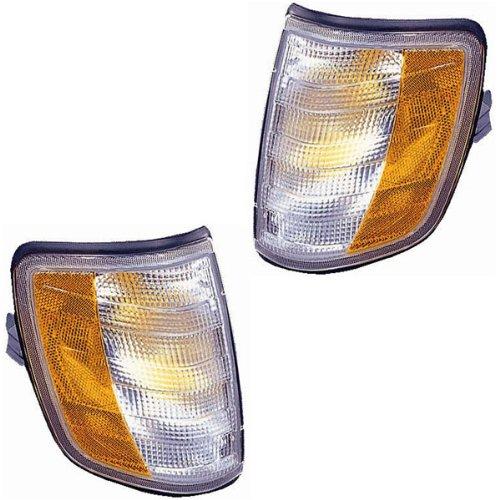 1994-1995 Mercedes Benz E-Class E300D E320 E420 E500 Corner Park Light Turn Signal Marker Lamp Pair Set Left Driver AND Right Passenger Side (94 95)