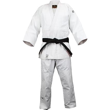 009888b37f63 Amazon.com : Mizuno Yusho Competition Judo Gi White 4 : Sports ...