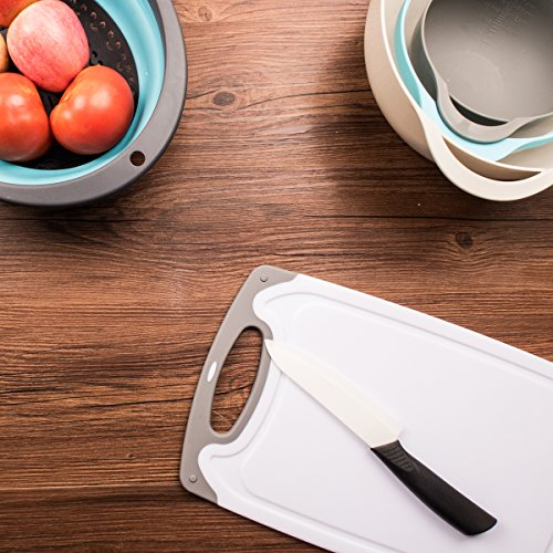 Large Product Image of HOMWE Kitchen Cutting Board (3-Piece Set) | Juice Grooves w/ Easy-Grip Handles | BPA-Free, Non-Porous, Dishwasher Safe | Multiple Sizes (Set of Three, Gray)