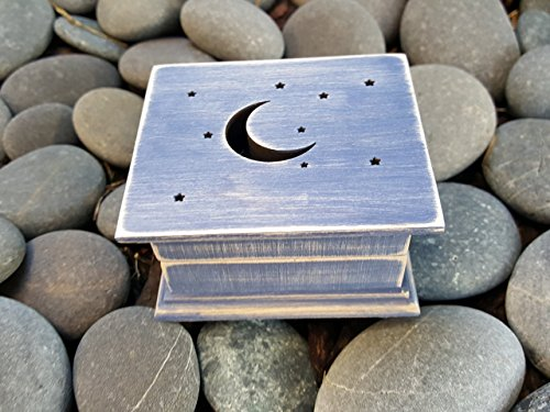 Music box, custom made music box, handmade music box, I love you to the moon and back, love gift, moon and stars, simplycoolgifts