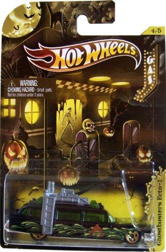 2012 Hot Wheels Halloween Cars (4/5) - Ghostbuster's Ecto-1 ()