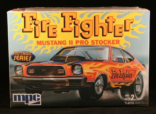 FIRE FIGHTER MUSTANG II PRO STOCKER * Nostalgic Series * Skill Level 2 Plastic 1:25 Scale Model Ki