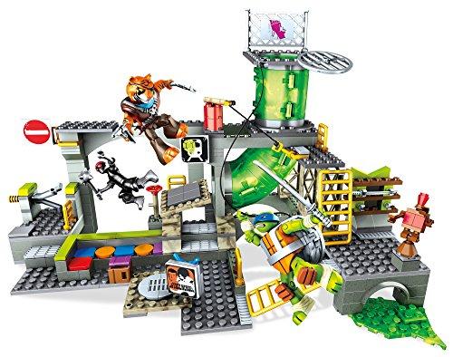Ninja Turtle Sewer (Mega Construx Teenage Mutant Ninja Turtles - Turtle Sewer Lair Building Set, 342 Piece)