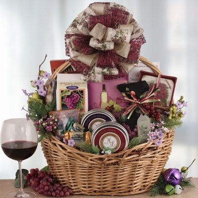 Wine Country Holiday Bountiful Gourmet Gift Basket