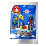 Looney Tunes Daffy Duck & Marvin the Martian Action Figures in Duck Dodgers in the 24 1/2th Century