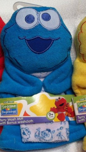 (COOKIE MONSTER Sesame Street Wash Puppet & Washcloth ~ 2 Pc. SET)