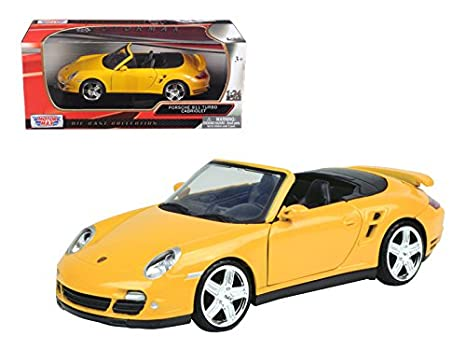 Motor Max 1:24 W/B Porsche 911 Turbo Cabriolet Diecast Vehicle, Yellow