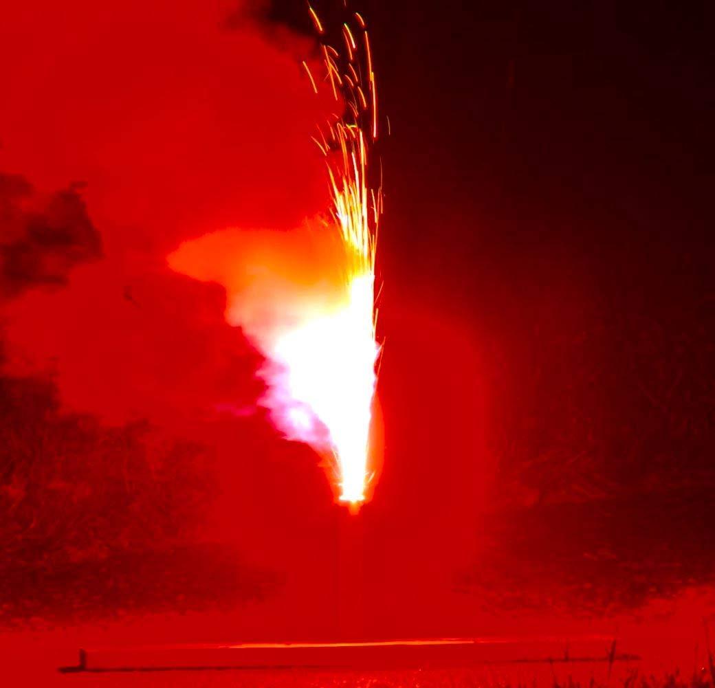 5 St/ück Bengalfeuer rot Nico Feuerwerk Bengalos