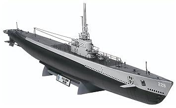 1/72 submarino de la clase Gato: Amazon.es: Juguetes y juegos