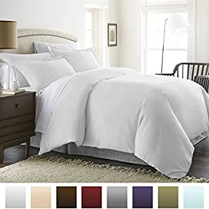 Beckham Hotel Collection Luxury Soft Brushed 1800 Series Microfiber Duvet Cover Set - Hypoallergenic - Full/Queen, White
