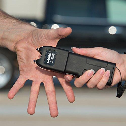 SABRE Pepper Spray & Stun Gun Self-Defense Kit— Police Strength SABRE Red Pepper Spray PLUS a SABRE Stun Gun with Anti-Grab Technology & Flashlight by Sabre (Image #5)