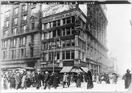 c. 1911 8 x 10 Vintage Photo of: N.Y.C. street scenes--million dollar corner 34th St. and Broadway. Small plot which sold for a million - Broadway 34th Street