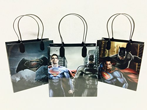 Disney Marvel Batman v Superman Party Favor Gift Goodie Bag - 12 Pieces]()