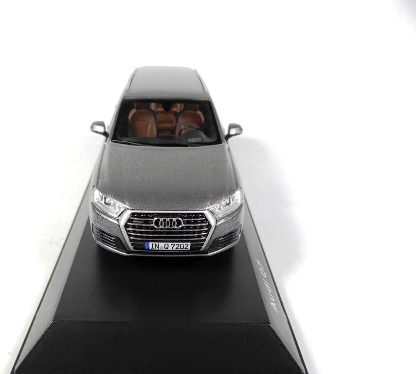 7633 OPO 10 Voiture 1//43 Spark Compatible avec Audi Q7 Gris