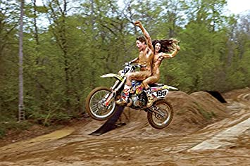 Extreme nude sport