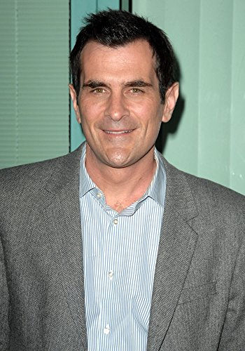 Ty Burrell A Public Appearance Academy Television Arts Sciences (Atas) Presents An Evening With Modern Family (8 x 10)