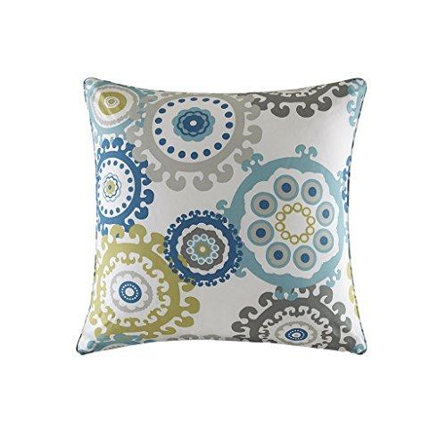 Laguna Outdoor Pillow (Madison Park Laguna Printed Medallion 3M Scotchgard Outdoor Large Square Pillow Blue)