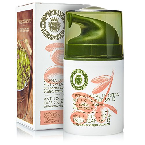 la chinata Anti Wrinkle beauty Extra virgin Olive Oil Anti Aging Regimen Face Cream SPF 15 With Vitamin C NaturalDaily Exfoliating and Moisturizer Scrub from Spain,No fillers 50ml (Virgin Olive Oil Face)