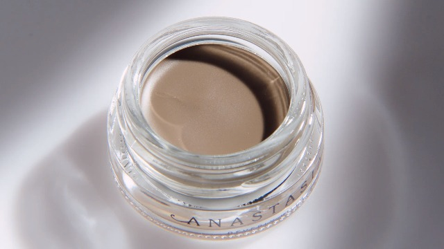 https://railwayexpress.net/product/anastasia-beverly-hills-dipbrow-pomade/