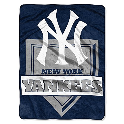 y MLB New York Yankees Royal Plush Raschel Throw, One Size, Multicolor (Ny Yankees Fabric)