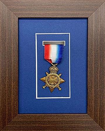 Marco de Fotos Kwik para medallas de Militar/Guerra/Deportes, Caja 3D para una Medalla, Marco de Madera de Caoba con Soporte Azul: Amazon.es: Hogar