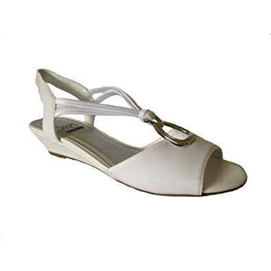 b477c535bc1 Impo Womens REMY Wedge Sandals (5.5 B(M) US