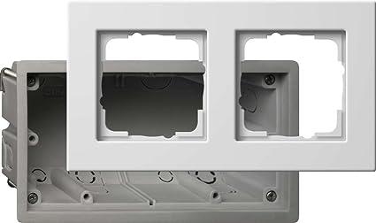 Gira 2882201 - Caja para enchufe y marco embellecedor (2 interruptores, E22),