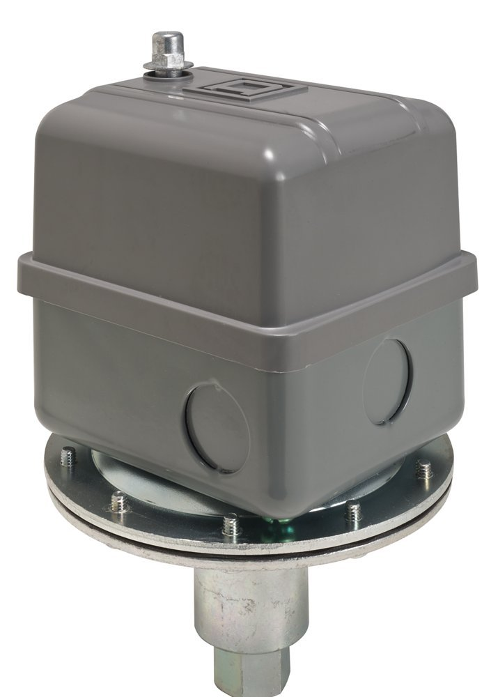 Square D 9016 Commercial Electromechanical Vacuum Switch, NEMA 1, DPDT, 5-25 in. of Hg Cut-Out Range, 20-25 in. of Hg Settings, Mounting Bracket