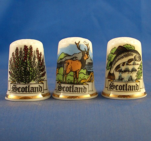 Set of Three Thimbles Canada Souvenir Porcelain China Collectable