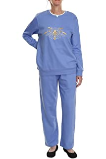 Pembrook Womens Embroidered Fleece Sweatsuit Set