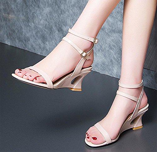 Sommer Sandalen weibliche Steigung mit hochhackigen Sandalen Frauen aprikose