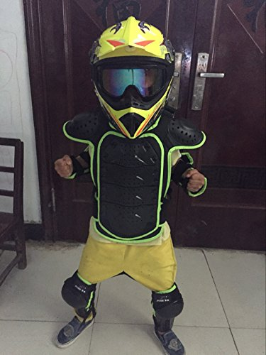Best protective Gears required for riding dirt bikes