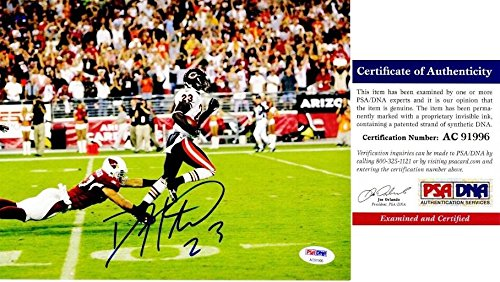 Devin Hester Nfl (Signed Devin Hester Photograph - 8x10 inch Certificate of Authenticity COA) - PSA/DNA Certified - Autographed NFL Photos)