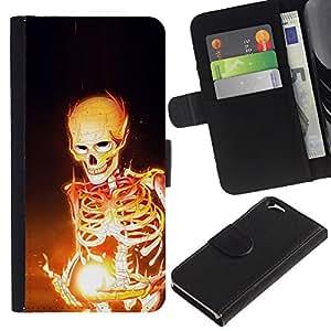 """Be-Star la tarjeta de Cr¨¦dito Slots PU Funda de cuero Monedero caso cubierta de piel Para Apple (4.7 inches!!!) iPhone 6 / 6S ( Esqueleto Negro Magia Huesos Llamas Arte Fuego"""" )"""