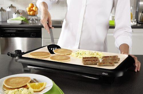 Oster Titanium Infused DuraCeramic Griddle with Warming Tray, Black/Crème (CKSTGRFM18W-TECO) by Oster (Image #6)