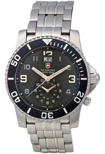 Victorinox Swiss Army Men's 241166 Maverick II Dual Time Watch
