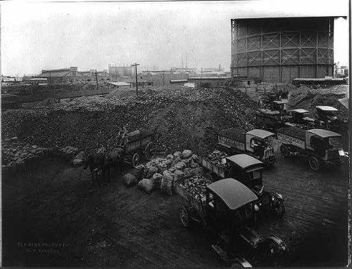 Photo: Poydras Street Retail Coal Yard,New - Orleans New Poydras
