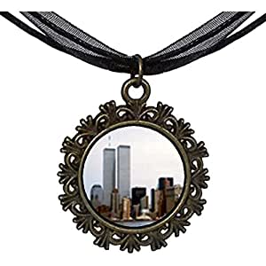 Chicforest Bronze Retro Style New York Twin Towers Round With Flower Lace Pendant