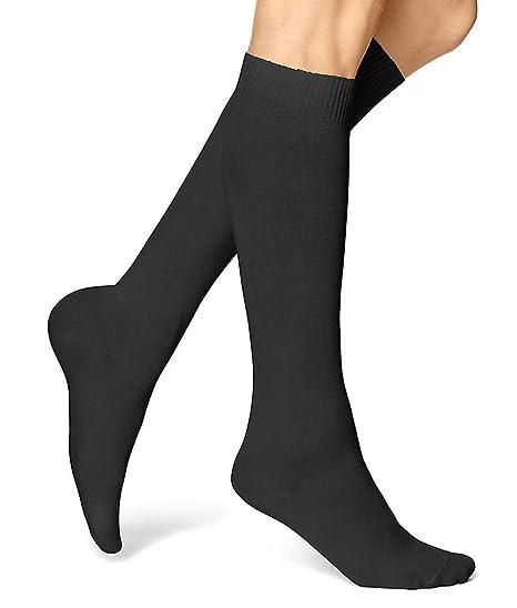 fe2d5eae6fa HUE Flatknit Knee Socks Black at Amazon Women s Clothing store